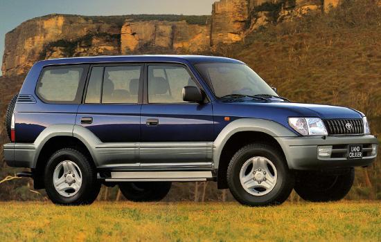 пятидверный Toyota Land Cruiser Prado 2000-2002 годов