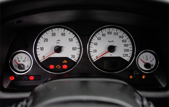 панель приборов Chevrolet Viva