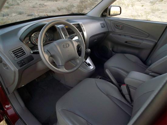 интерьер салона Hyundai Tucson 1-поколения