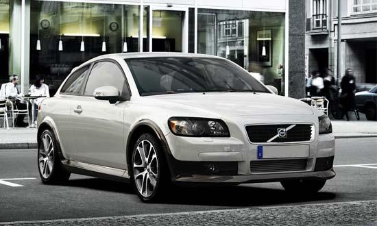 Автомобиль Volvo C30