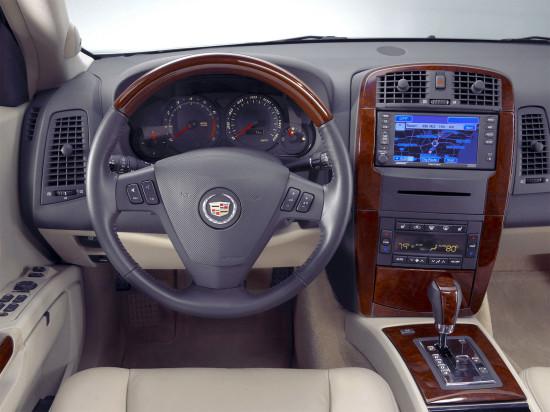 интерьер салона Cadillac SRX 1