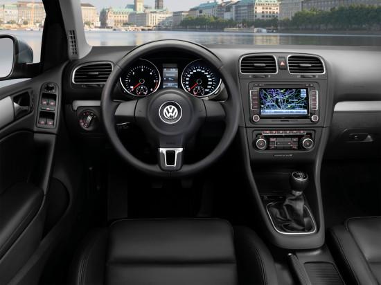 интерьер салона VW Golf 6
