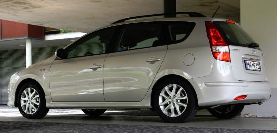 1-е поколение Hyundai i30 Wagon (FD)