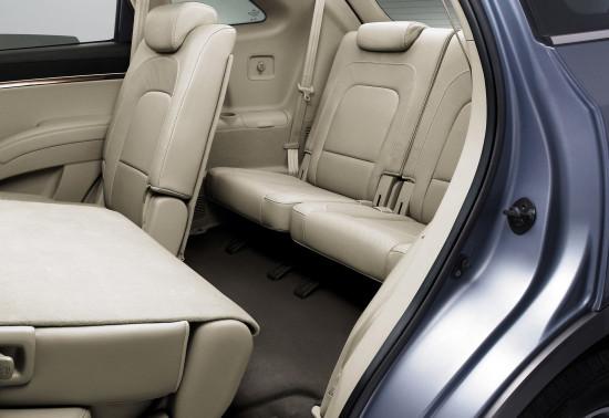 доступ на третий ряд сидений в Hyundai ix55