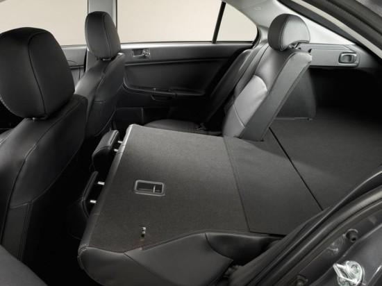 в салоне Mitsubishi Lancer Sportback X