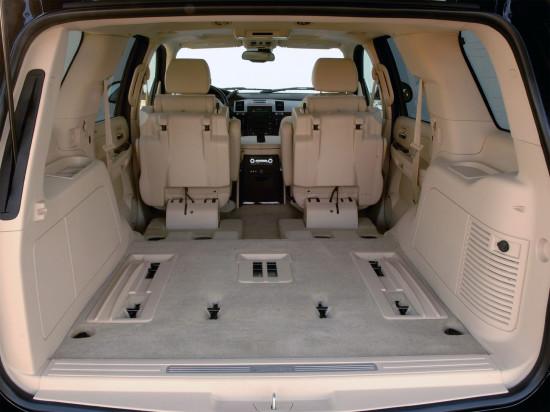 интерьер салона Cadillac Escalade 3-го поколения