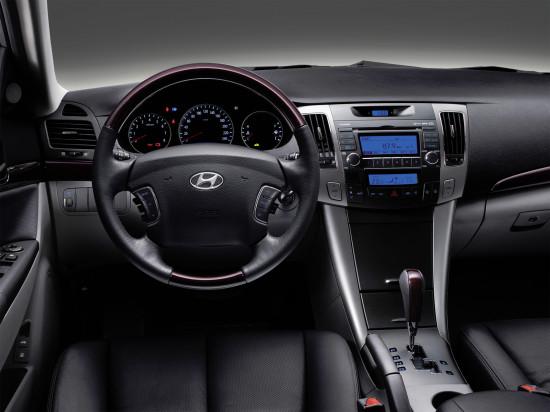 интерьер салона Hyundai NF Sonata 5