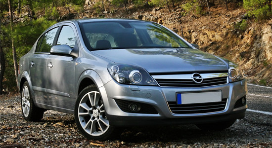 Opel Astra H (седан) на IronHorse.ru ©