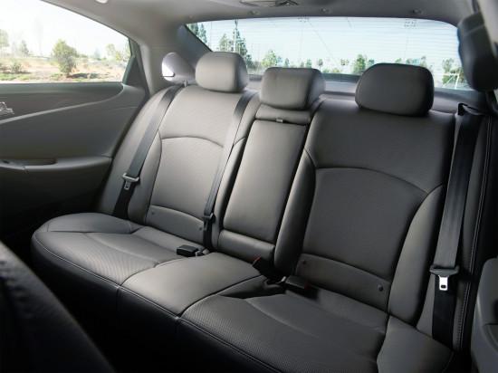 интерьер салона Hyundai Sonata 6