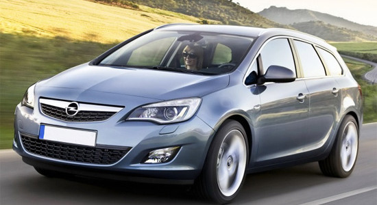 Opel Astra J Sports Tourer на IronHorse.ru ©