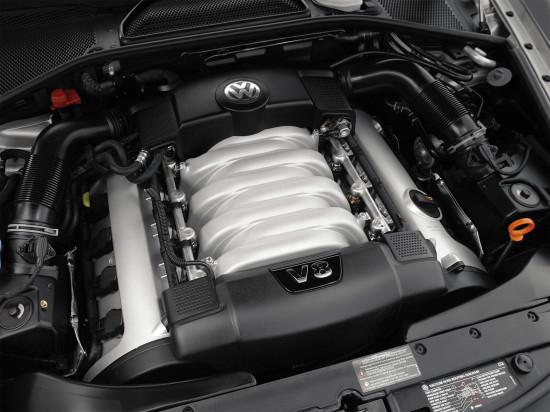 атмосферный бензиновый V8 под капотом Фаэтона