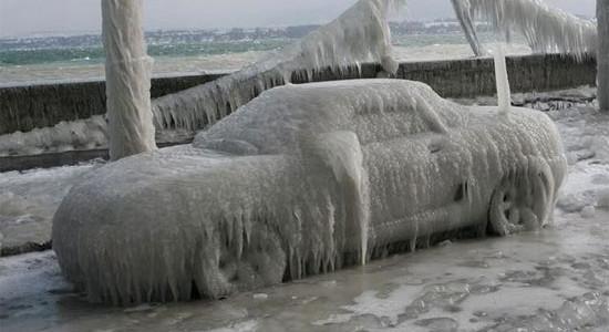 очистка авто от снега и льда на IronHorse.ru ©