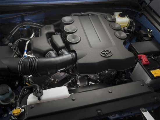 под капотом Toyota FJ Cruiser