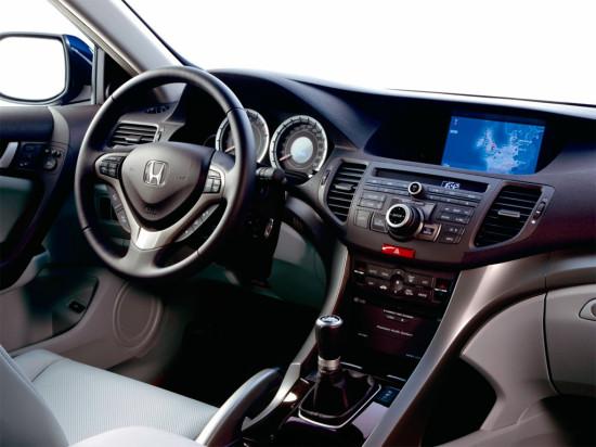 интерьер салона Honda Accord  8