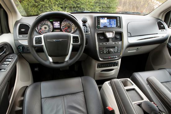 интерьер салона Chrysler Grand Voyager 5