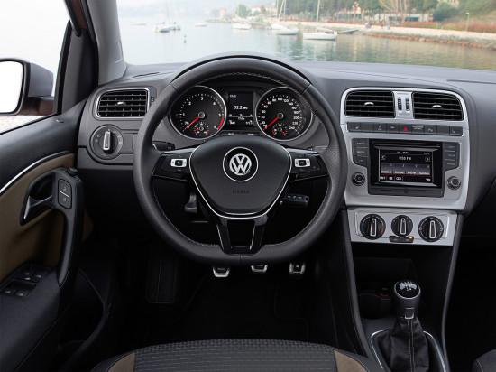 интерьер салона VW Cross Polo II