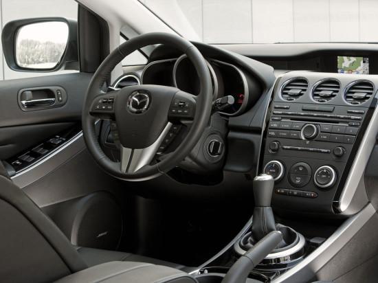 интерьер салона Mazda CX-7 Sport