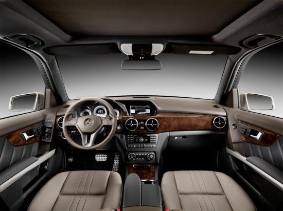 интерьер салона Mercedes-Benz GLK-class