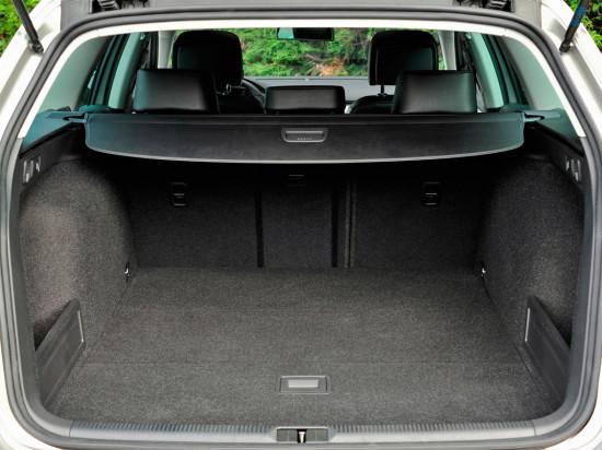 багажное отделение Volkswagen Passat B7 Alltrack