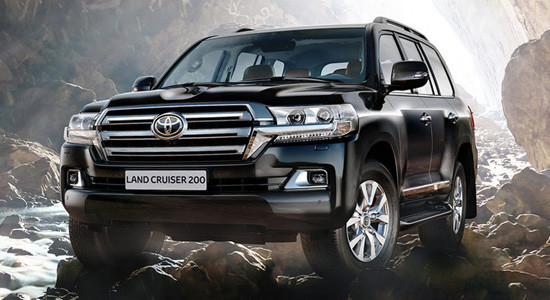 Toyota Land Cruiser 200 на IronHorse.ru ©