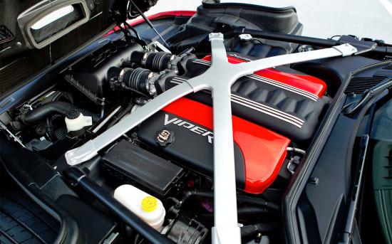 под капотом Dodge Viper GTS VX