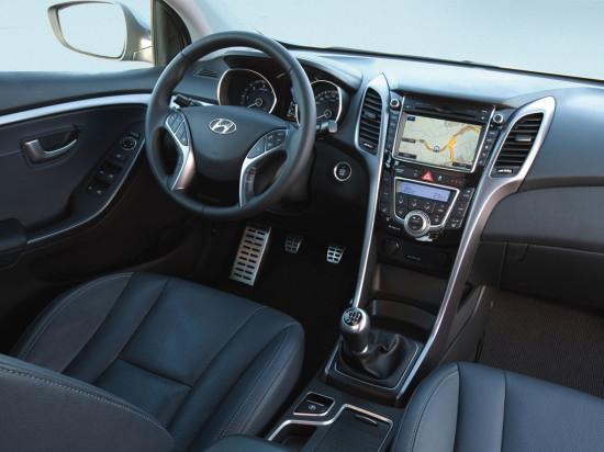 интерьер салона Hyundai i30 GD