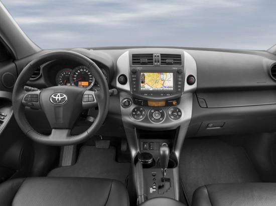 интерьер салона Toyota RAV4 3-го поколения