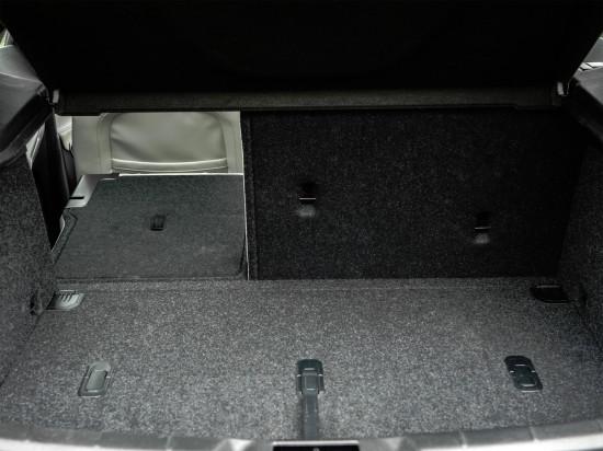 багажное отделение хэтчбека Вольво V40