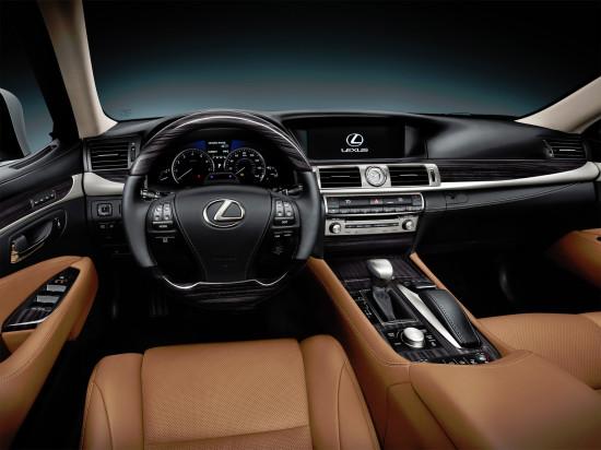 интерьер салона Lexus LS 4-го поколения