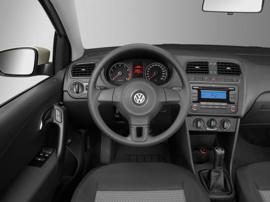интерьер салона VW Polo Sedan Trendline