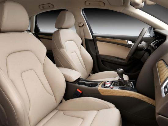 интерьер седана Audi A4