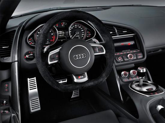 интерьер Audi R8 2012