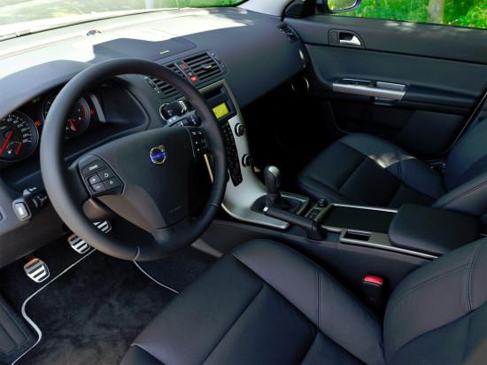 интерьер салона Volvo S40 II
