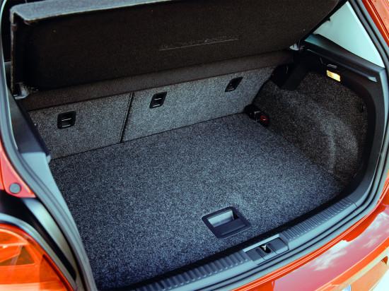 багажное отделение Volkswagen Polo 5