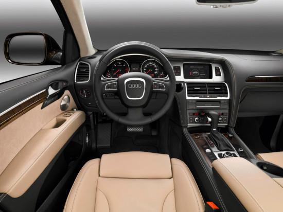 интерьер салона Audi Q7 Typ 4L