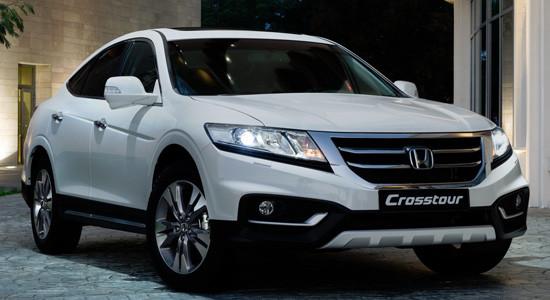 Honda Crosstour (2012-2015) на IronHorse.ru ©