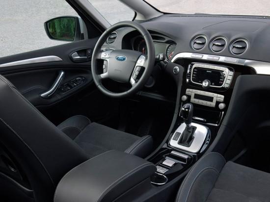 интерьер салона Ford S-Max 1