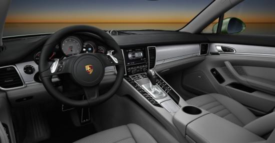 интерьер салона Porsche Panamera 4