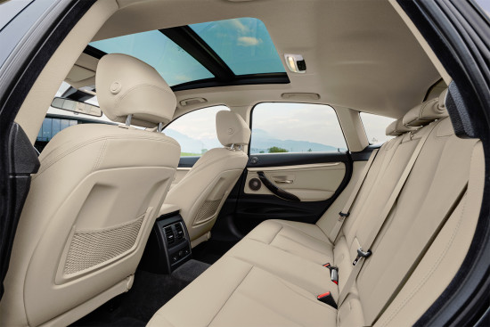 интерьер салона - задний диван BMW 3 GT (F34)