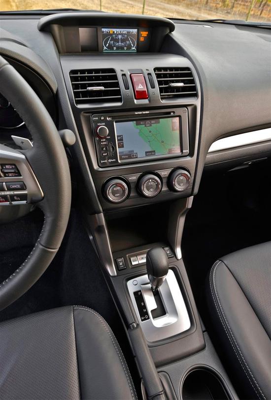 панель управления Subaru Forester 4