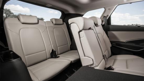 второй и третий ряд сидений Hyundai Grand Santa Fe