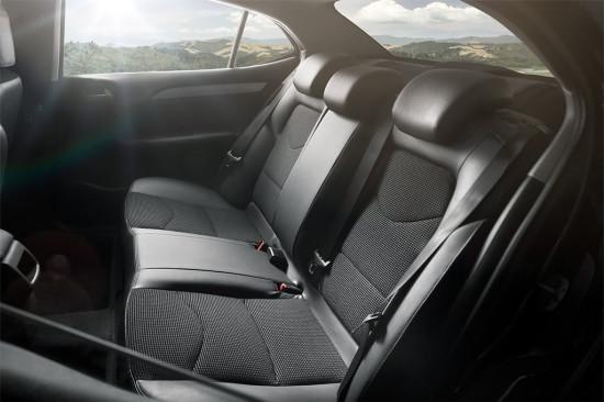 в салоне Citroen New C4 Sedan