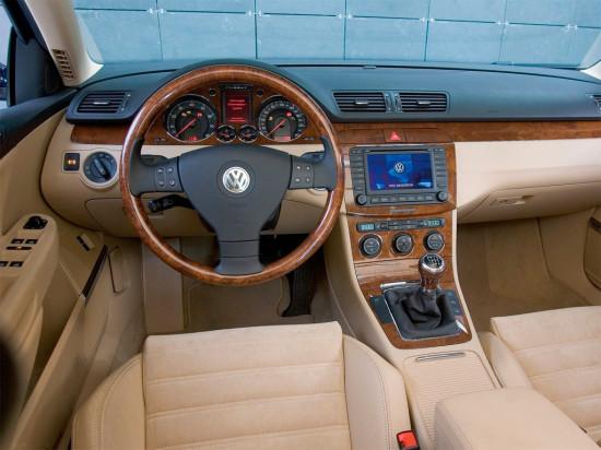 интерьер салона Volkswagen Passat B6