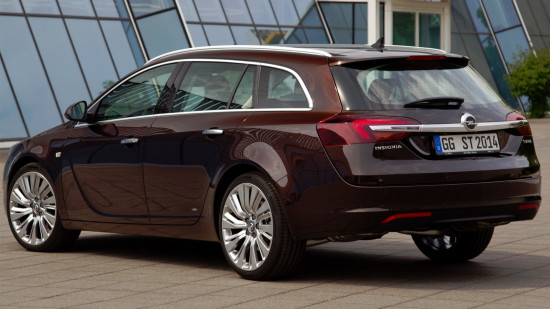 Opel Insignia Sports Tourer 1-го поколения