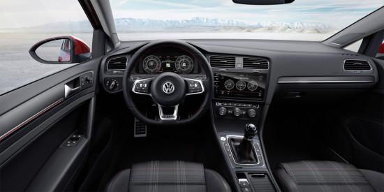интерьер салона Volkswagen Golf 7 GTI