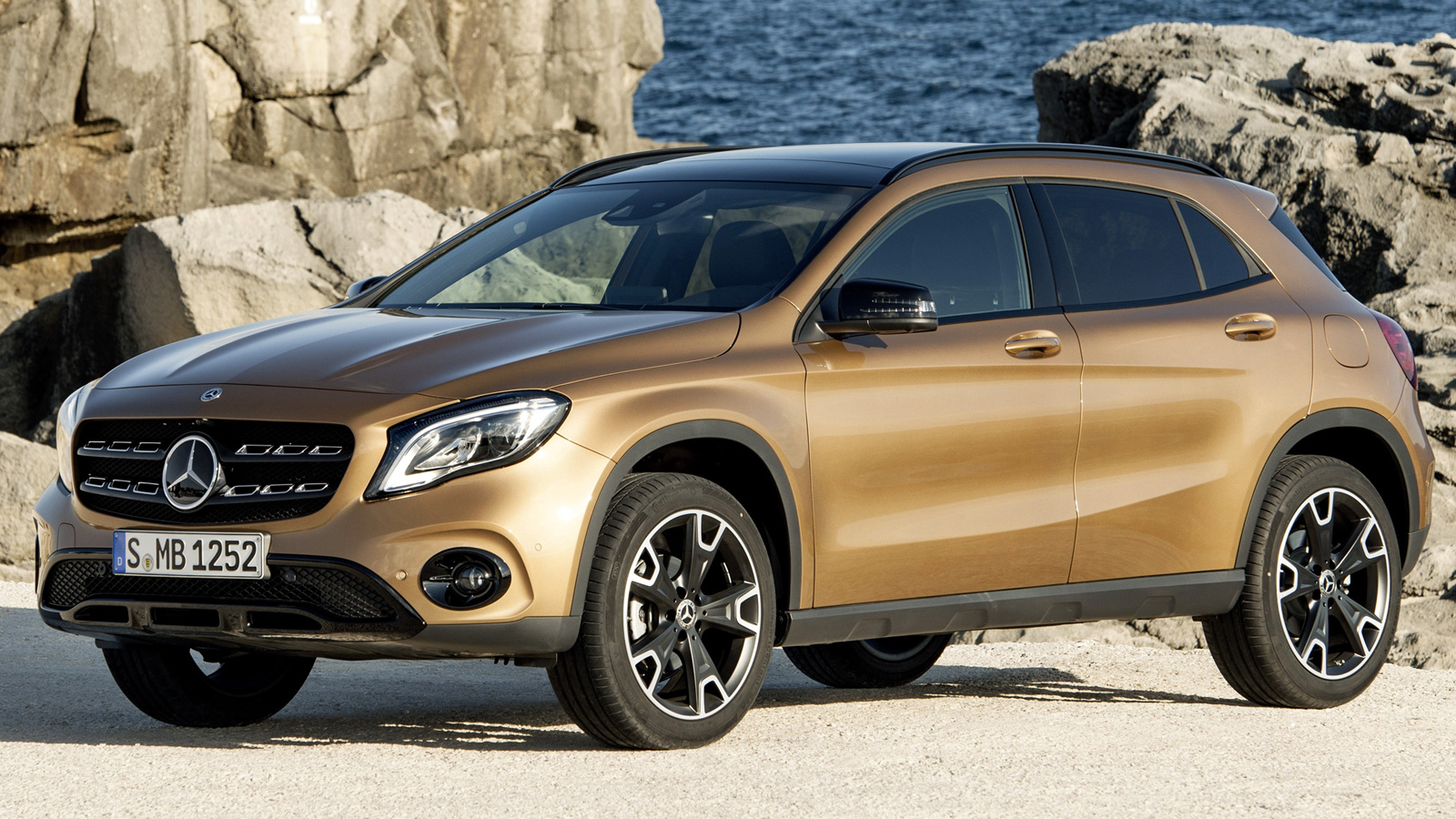 Mercedes gla 2017 review