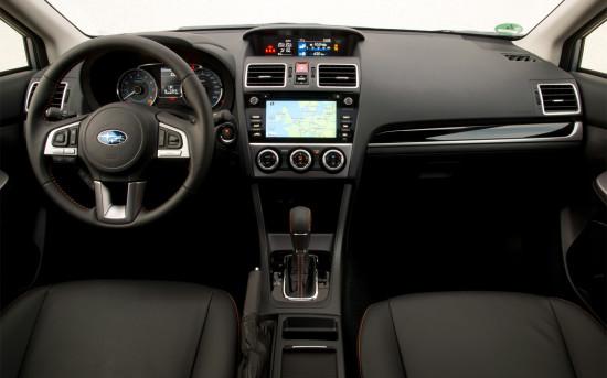 интерьер Subaru XV