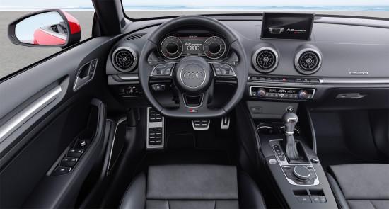 приборная панель и центральная консоль в кабриолете Audi A3 8V