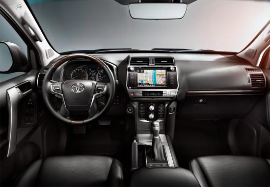 интерьер салона Toyota Land Cruiser 150 Prado