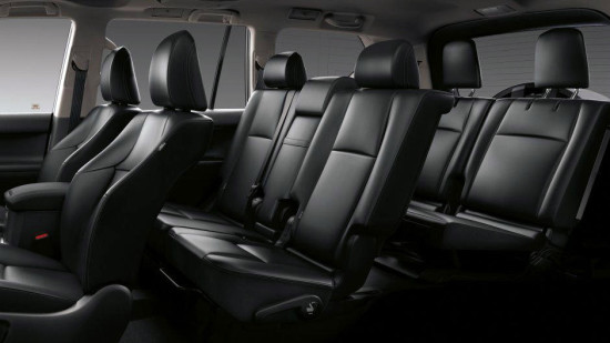 конфигурация салона Toyota Land Cruiser 150 Prado